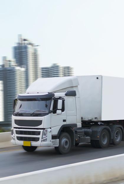 Transportación de mercancías vía terrestre Royal Courier